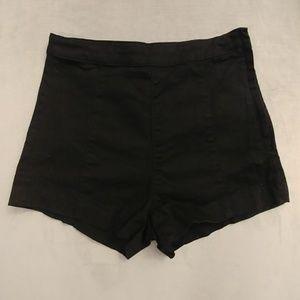 H&M Black High-waisted Shorts
